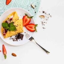 IMG_8397_Sladká vaječná omeleta s tvarohem a jahodami_mv